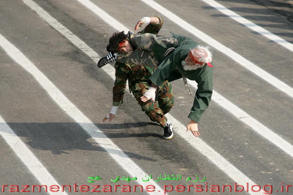 http://razmentezaran.persiangig.com/image/haji/haji.jpg